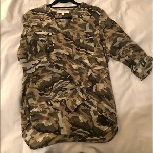 Camouflage blouse with a roll up sleeve option